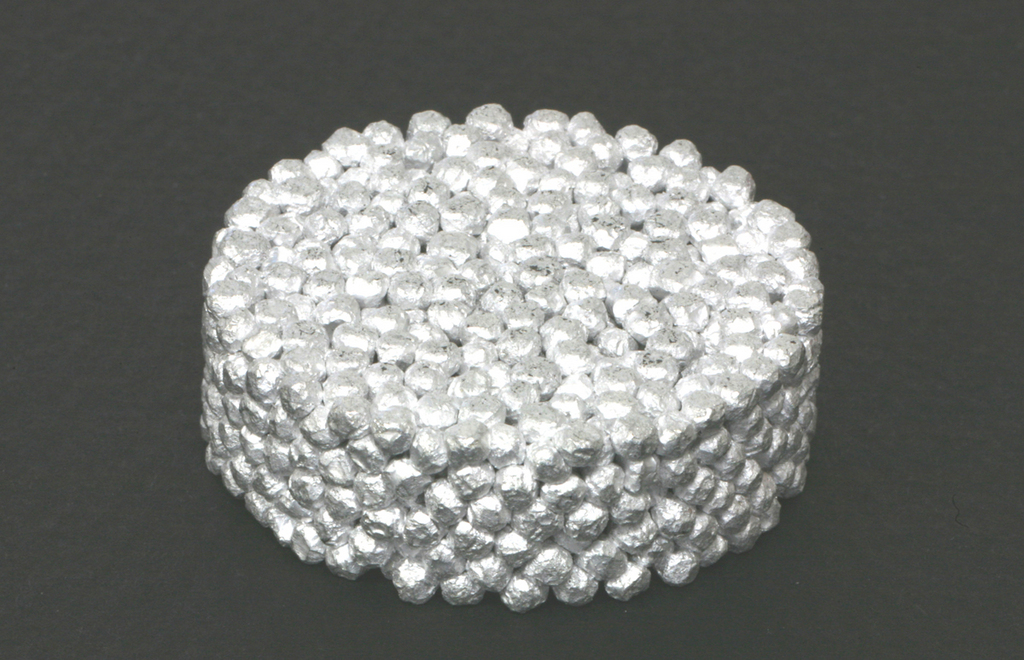 Porous metal Sintered metal Japan quality